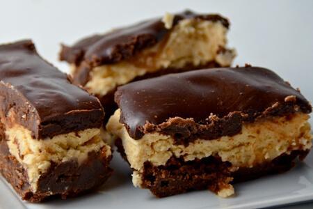Шоколадный брауни с домашним творогом - рецепт и фото