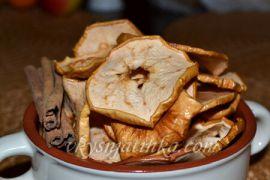 Домашние яблочные чипсы в духовке - фото