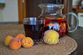 Домашняя сангрия из апельсина и персика