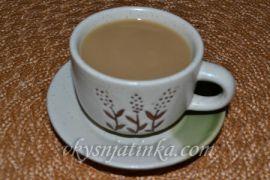 Кофе с коньяком и молоком - фото
