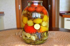 Консервированные овощи ассорти