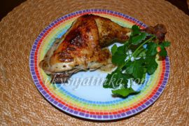 Куриные окорочка с хрустящей корочкой в духовке - фото
