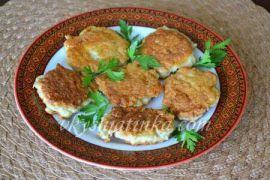 Оладьи из куриного филе на сковороде