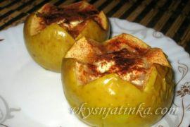 Печеные яблоки с творогом и медом в духовке