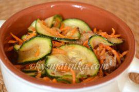 Салат из кабачков по-корейски - фото