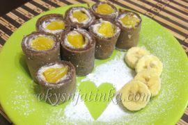 Шоколадные блины с бананами - фото