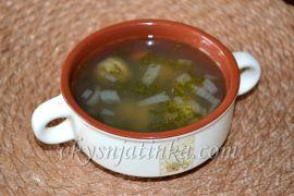 Суп с фрикадельками и белой фасолью - фото