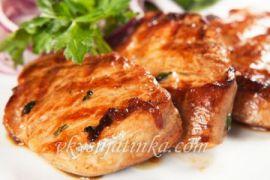 Свинина по-китайски в кисло-сладком соусе с перцем