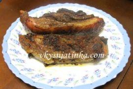 Свинина с черносливом запеченная в духовке