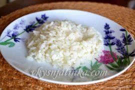Рассыпчатый тушеный рис в мультиварке на воде