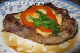 Жареное мясо крупным куском