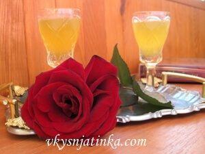 Апельсиновый ликер на спирту в домашних условиях - фото