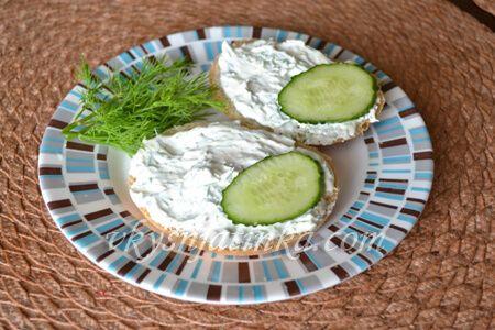 Бутерброды со сливочным сыром - фото