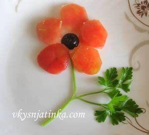 Цветы из помидоров - фото