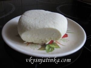 Домашний сыр из молока - фото