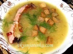 Гороховый суп с копчеными свиными ребрами - фото