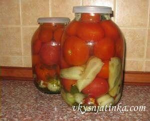 Консервированные помидоры с болгарским перцем - фото