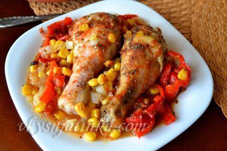 Куриные ножки с кукурузой в духовке - фото