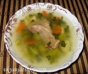 Куриный суп с брюссельской капустой - фото