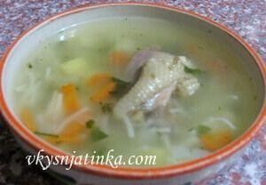 Куриный суп с овощами - фото