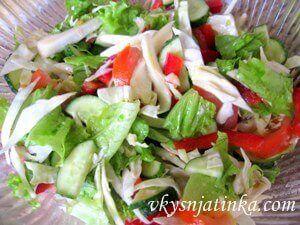 Легкий салат на скорую руку - фото