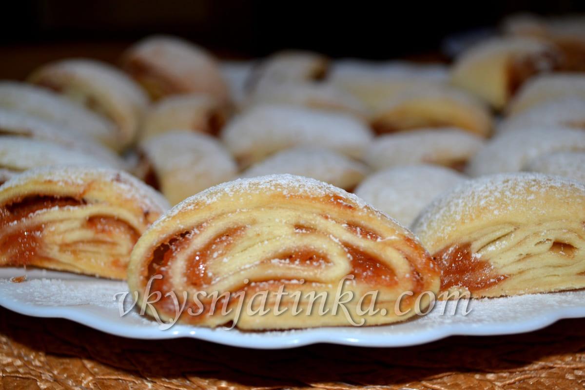 Печенье с джемом - фото