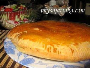 Пирог со свиным фаршем в духовке - фото