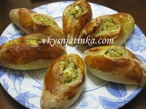 Пирожки с мясом из дрожжевого теста в духовке - фото