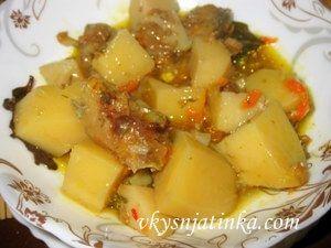 Рыба в горшочках с картошкой в духовке - фото