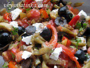Салат из баклажан и болгарского перца - фото
