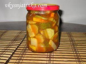 Салат из кабачков и огурцов на зиму - фото