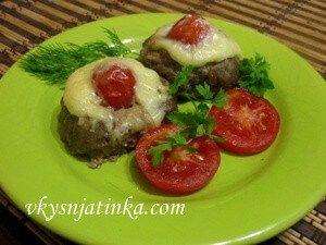Свиные котлеты с сыром в духовке - фото