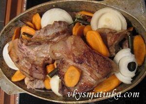 Вкусные свиные ребра запеченные в духовке - фото