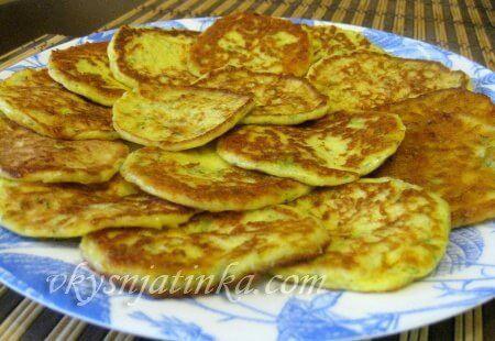 Сырные оладьи - фото