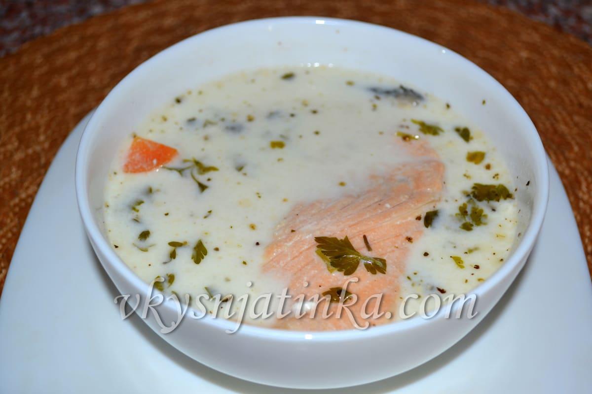 Сырный суп с семгой и плавленным сыром - фото