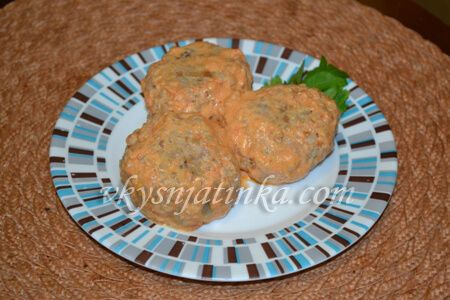Тефтели с гречкой и фаршем в духовке - фото