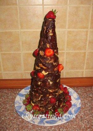 Торт из профитролей - фото