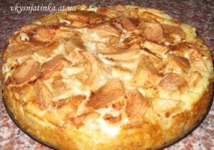 Творожно-яблочный пирог - фото