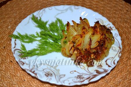 Запеченный лук в духовке - фото