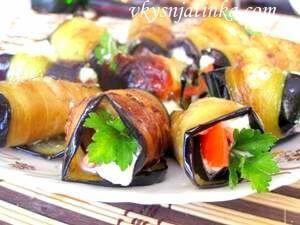 Жареные баклажаны с чесноком - фото
