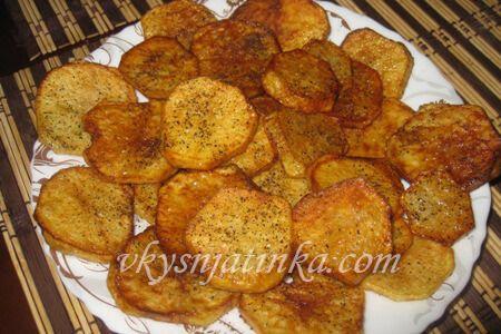Жареный картофель на растительном масле - фото